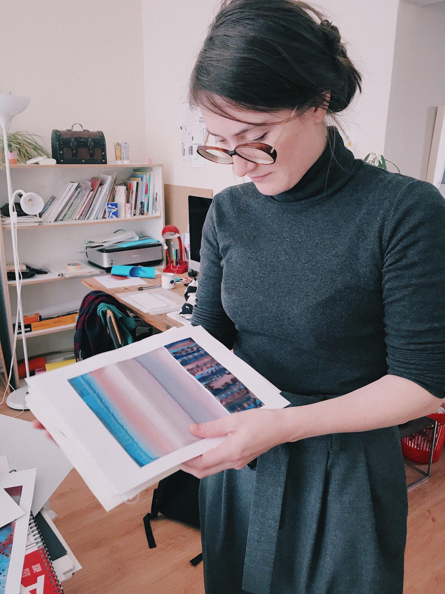 Cécile Barraud de Lagerie dans son atelier