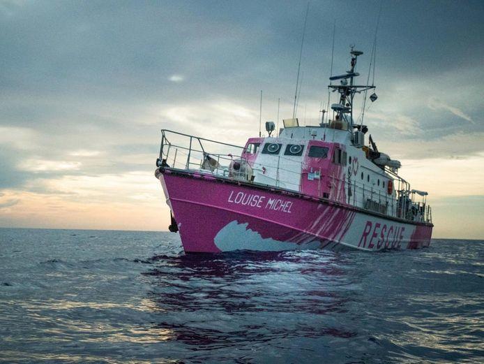 Le Louise Michel, navire de sauvetage affrété en août 2020, sous pavillon allemand et le commandement de Pia Klemp.