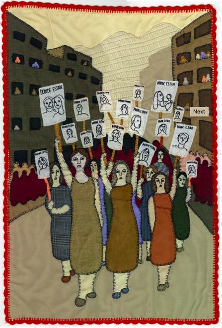 Marcha de mujeres de familiares de detenidos desaparecidos [Marche des femmes de parents de détenus disparus], Fondo Isabel Morel, colección Museo de la Memoria y los Derechos Humanos.